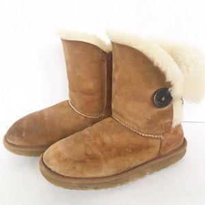 UGG Australia Womens Bailey Button II Boots 5803